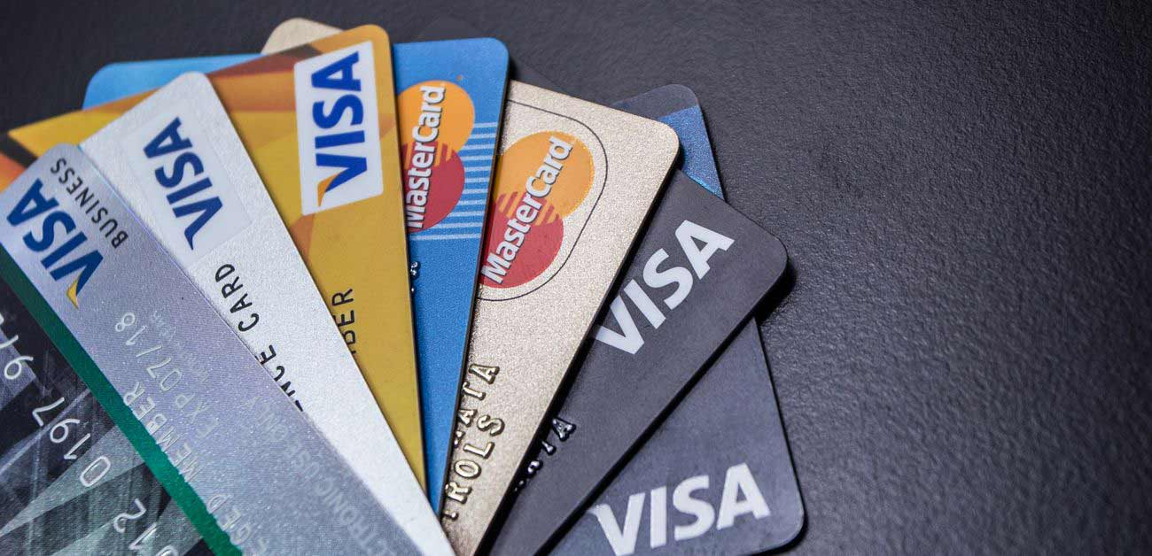 What is a low interest credit card image